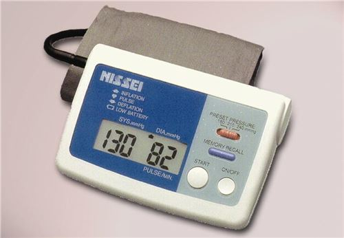 Auto-Inflation-Sphygmomanometer-with-Digital-Display-(LR-SDDS157)